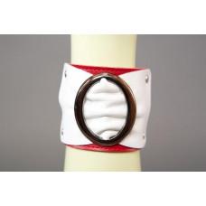 Браслет красно-белый с овальной пряжкой шир. 6 см.